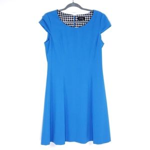Tahari cap sleeve stretch back zip dress